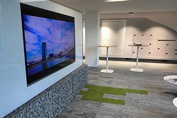 écran d'affichage dynamique pour l'accueil en entreprise